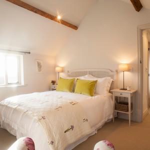 bedroom-flowery2