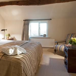 bedroom-stripy1